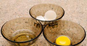 Comment séparer le jaune du blanc d'œuf sans bavure ?